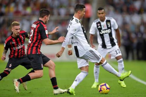 1608830701 879 image - تابع البث المباشر للكلاسيكو .. يوفينتوس وميلان في كأس إيطاليا | اهم الأخبار